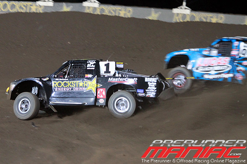 Rob MacCachren takes 1st place in turn 2 to win Pro 2 Unlimited for Round 9 at Glen Helen Raceway